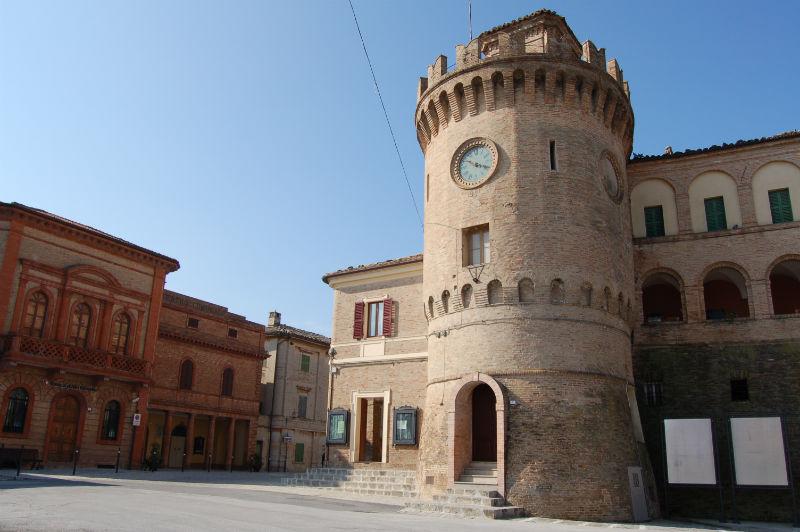 Montecarotto1